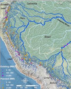 Figura 2. Barragens de vários tamanhos de existentes e planejadas na Amazônia Andina (fonte: [1]).