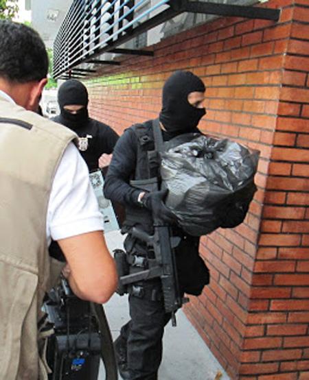 Polícia Civil apreendeu provas durante a Operação Estocolmo em 2012 (Foto: Divulgação SSP-AM)