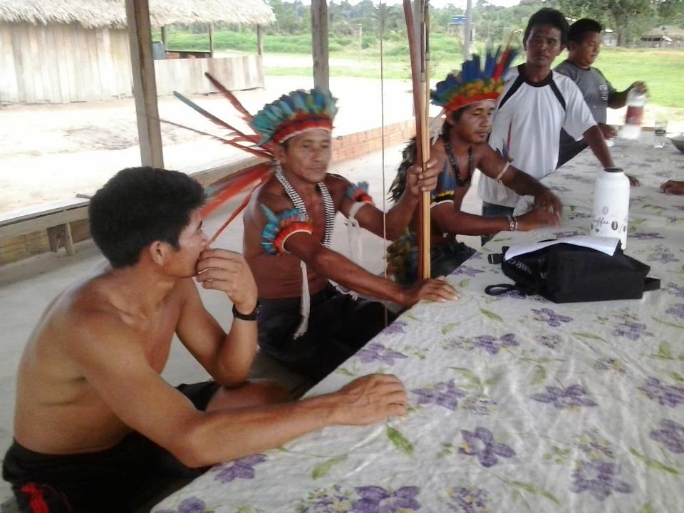 MPF garante comida e remédios para índios sitiados no AM
