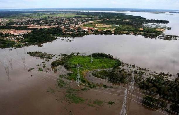 Distrito de Jaci-Paraná está inundado pela cheia do Madeira (Foto: MAB)