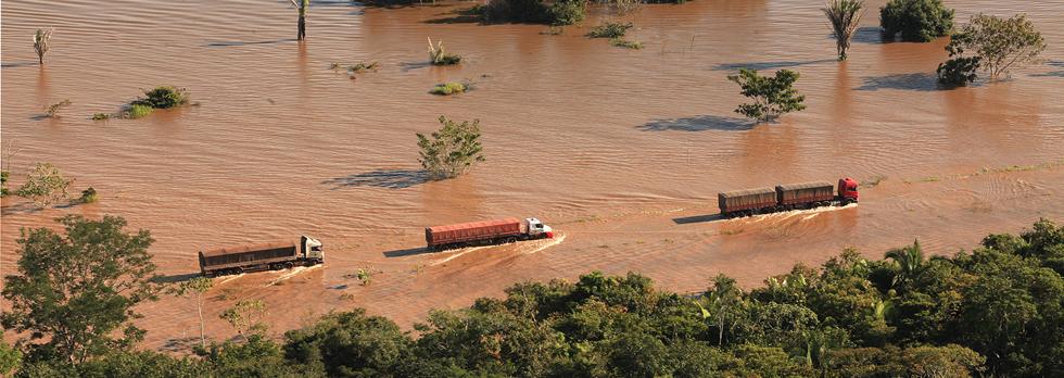 Rio Madeira na fronteira entre o Rondônia e o Acre em 2014 (Foto: Secom/RO)