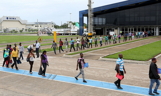 Emaranhado institucional deixa centenas de haitianos na incerteza no Brasil