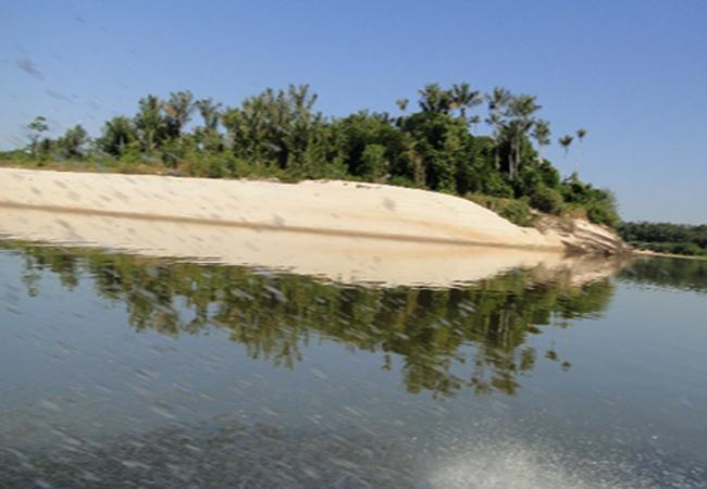 Comunidade da Resex do rio Ituxi (AM), cujos moradores lutam contra fazendeiros ilegais. Foto: Acervo  da Apadrit