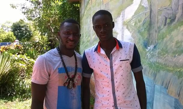 Os senegaleses Mamadou Lamin e Diagne Ababacar no abrigo público de Rio de Branco (AC). (Foto: Freud Antunes/AR)