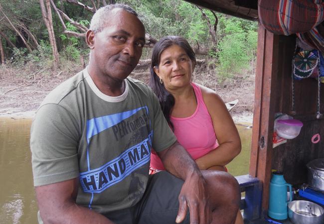 Sabino Nascimento dos Santos e a esposa, Maria Aparecida de Oliveira. (Foto: Elaíze Farias/AR)