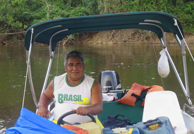 O barqueiro Sebastião Ferreira, mais conhecido como Bá, uma das principais lideranças do Tambor. (Foto Elaíze Farias/AR)