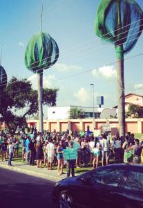 Manifestação contra  matança dos periquitos no entorno do Ephigênio Salles (Foto UPA)