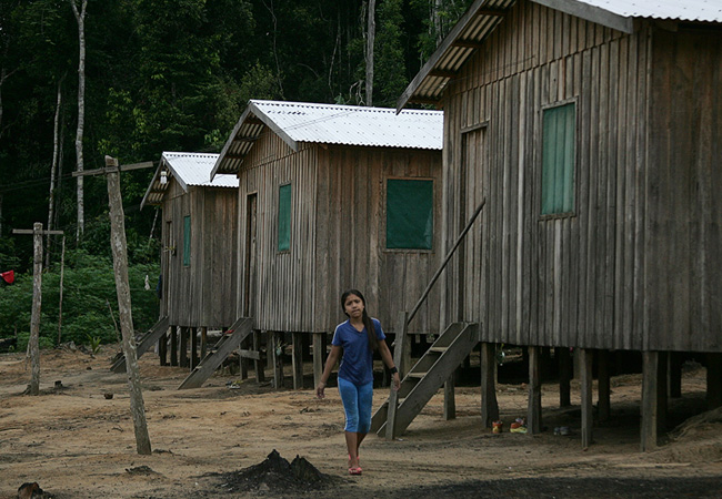 Casas construídas por programa social (Foto: Odair Leal/AR)