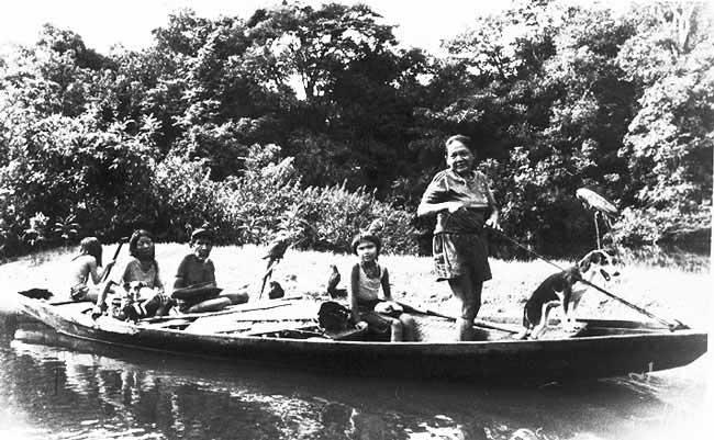 A mãe das Juma, Mborehá ou Mariná, em 1993 (Foto: Adolpho Kilian Kesselring/ISA)