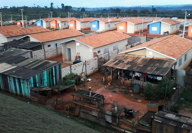 """Reassentamento"" Jatobá, onde foram construídos 1.100 lotes para famílias removidas. por Belo Monte (Foto: Elisa Estronioli/AR)"
