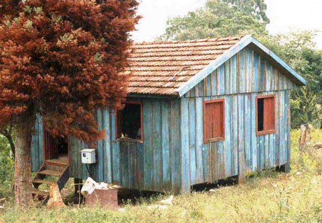 Habitacão similar ao posto indígena da Funai na aldeia Votouro (RS). Foto Sandoval Amparo