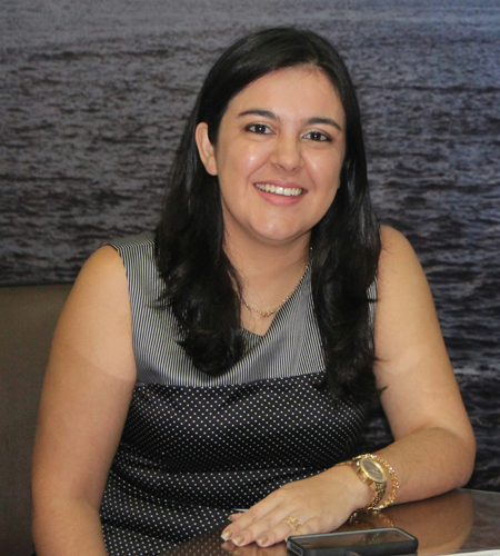 Secretária Kamila Amaral (Foto: José Narbaes)