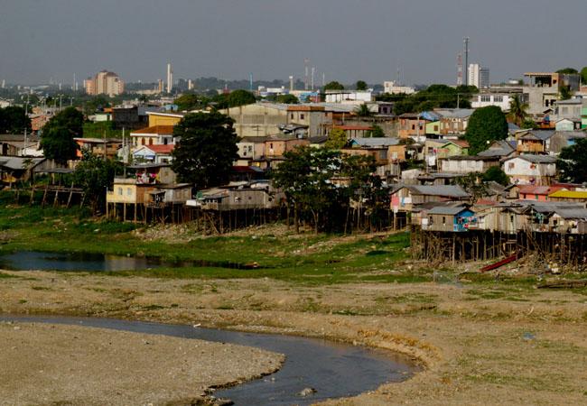 Seca do rio Negro em 2010 (FotoAmazonas: Alberto César Araújo)