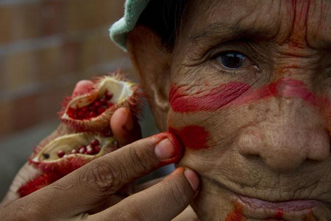 Rosa Silva, 75 anos matriarca dos índios mura da Comunidade das Nacões Indígenas. (Alberto César Araújo/FotoAmazonas)