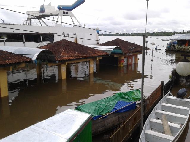 Sede da Funai em Atalaia do Norte fica alagada com a cheia do rio Javari, afluente do Solimôes. (Foto: Bruno Pereira/Funai)