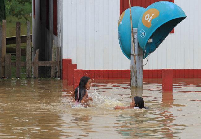 Canutama foi tomada pelas águas do Purus (Danilo Mello/FotoAmazonas)