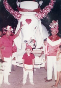 Eduardo Engole Cobra com chapéu de flores. (Foto: arquivo pessoal)