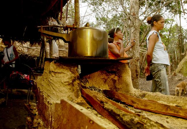 Acampamento de sem-terra em Santana do Araguaia (PA) em 2008. (Foto: Alberto Cesar Araújo)