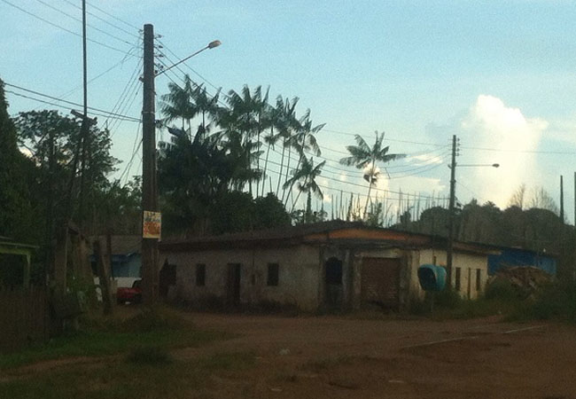 Depois da cheia, casas do bairro do Triangulo ficaram danificadas. (Foto: Ana Aranda/Am Real)