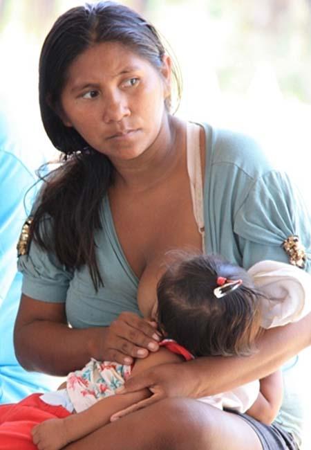 Mulher indígena Mura, em sua terra. (Ascom/MPF)