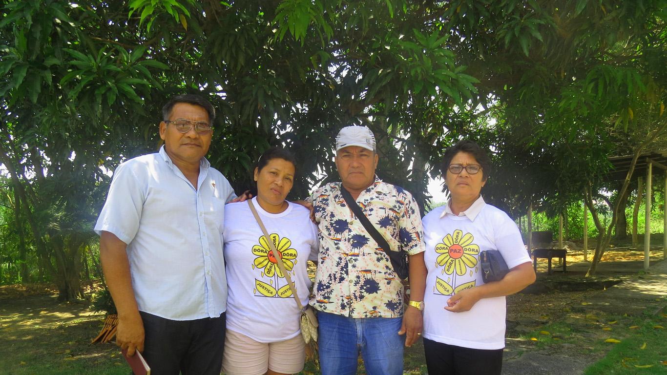 Irmãos de Dora Priante, que exigem punição dos culpados. (Foto: Elaíze Farias/AmReal)