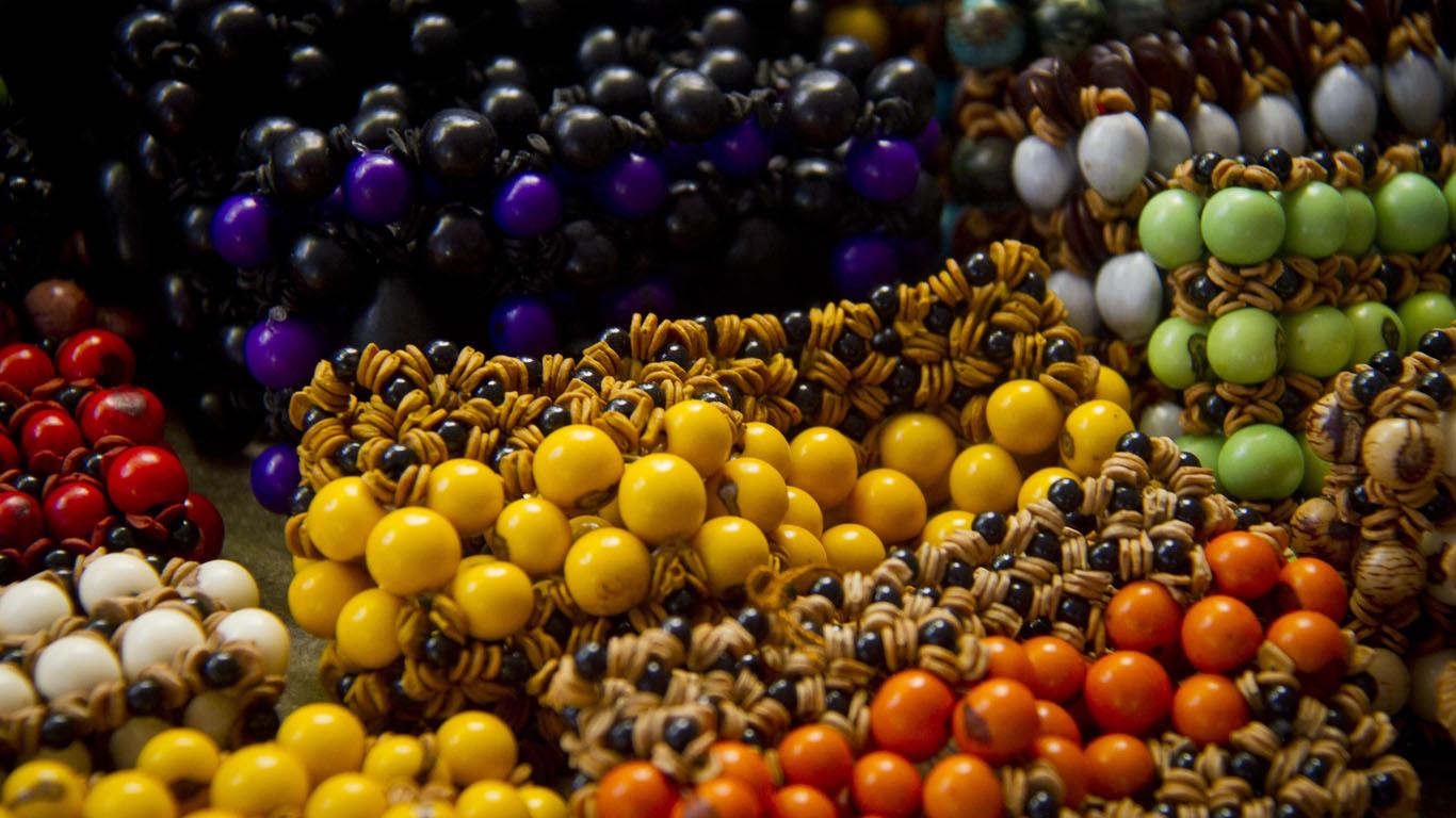 As sementes coloridas de açai (Foto: Alberto César Araújo/Amreal)