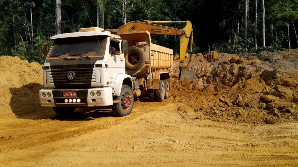 Obras na BR-319 causaram impactos ambientais. (Foto: Ibama)