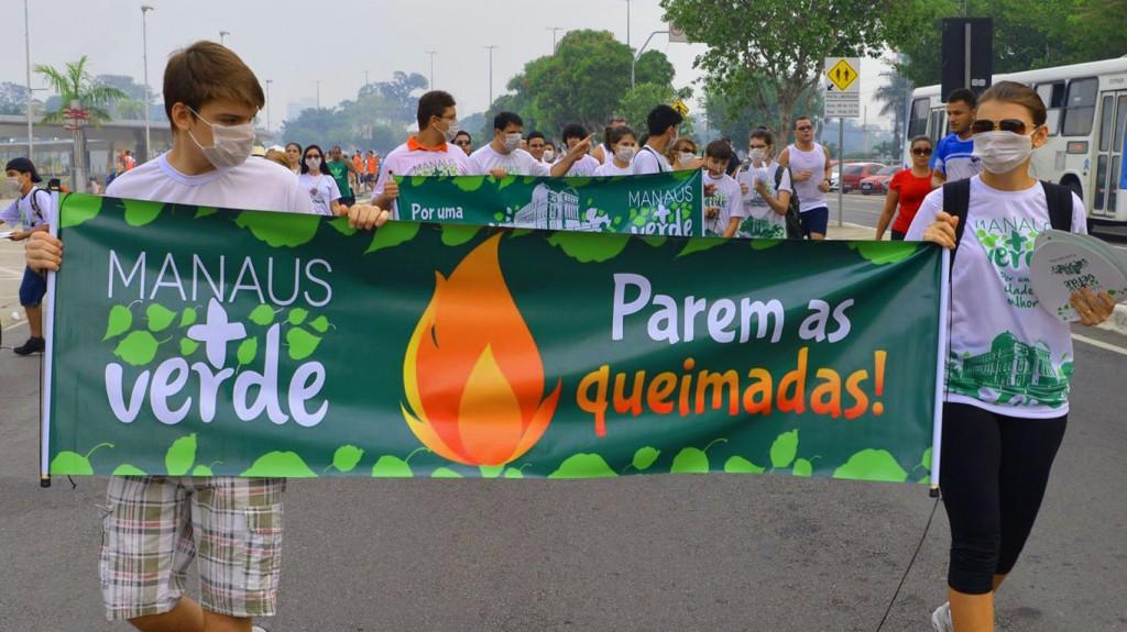 Protesto contra as queimadas (Foto: Manaus + Verde)