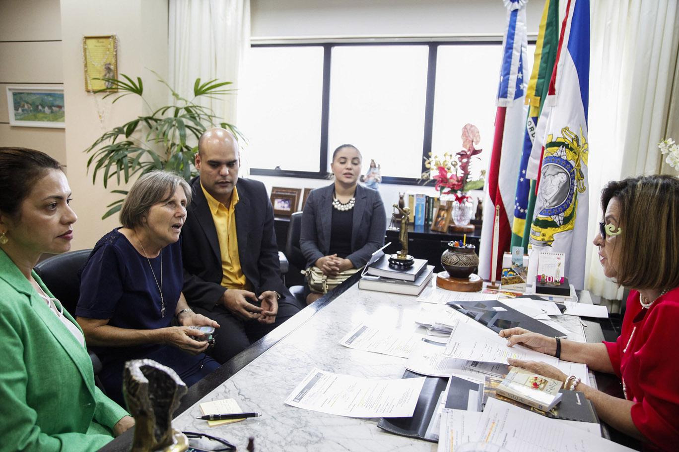 TJ do Amazonas promete acelerar julgamento dos crimes de abusos contra meninas indígenas