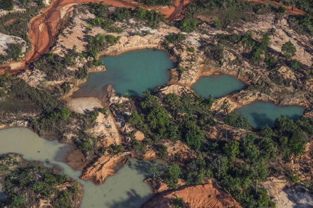 O Garimpo Lage provocou danos ambientais graves na TI Roosevelt (Foto: Marcela Bonfim/Amazônia Real)
