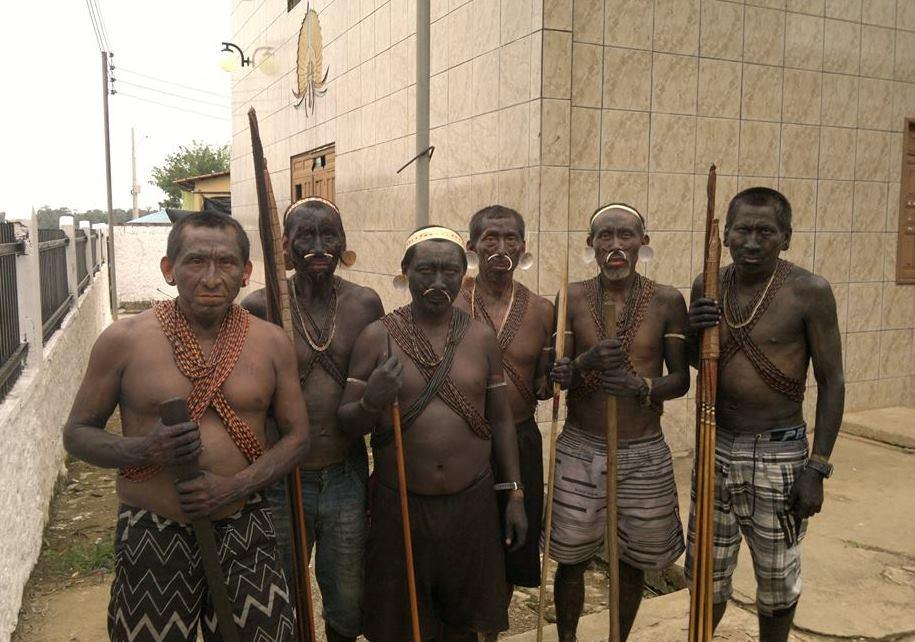 Os índios Matís ocupam a sede da Funai em Atalaia do Norte (Foto: Marke Matís)