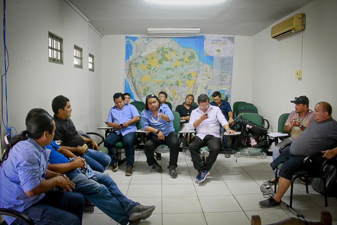 Lideranças da Univaja e Coiab apoiam ocupação da Funai (Foto: Alberto César Araújo/AmReal)