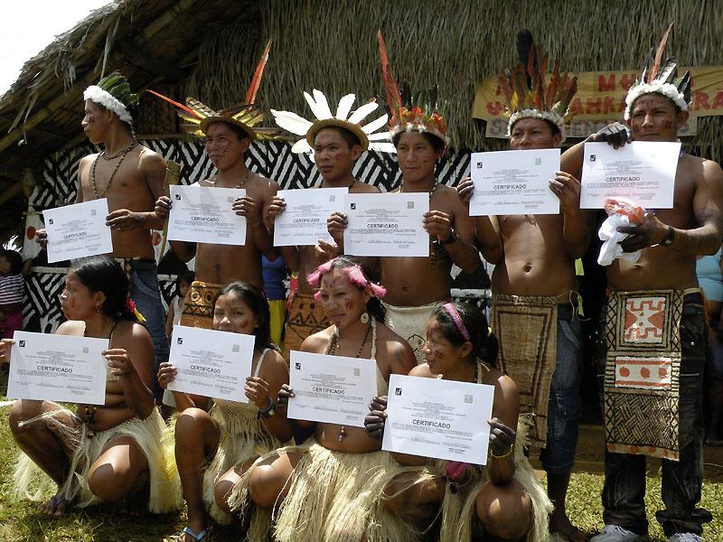 Alunos da Escola Tukano Yupuri, em São Gabriel da Cachoeira. (Acervo ISA)