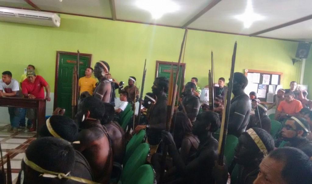 Lideranças reunidas na ocupação da Funai. (Foto: Aima)
