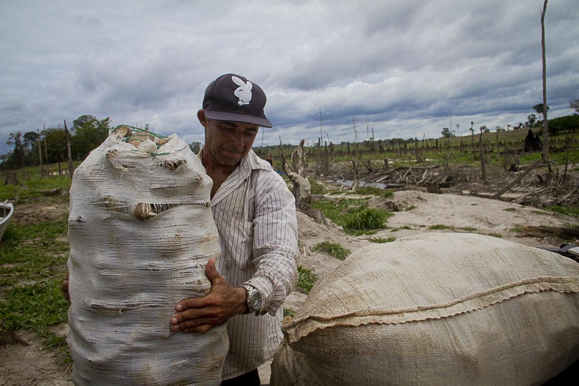 O agricultor Moarcir Alves Lima. (Foto: Alberto César Araújo/AmReal)