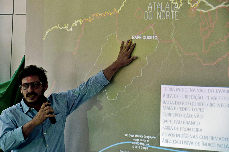 Carlos Travassos durante oficina de Saúde Povos Indígenas Isolados (Foto: Mário Vilela/Funai)