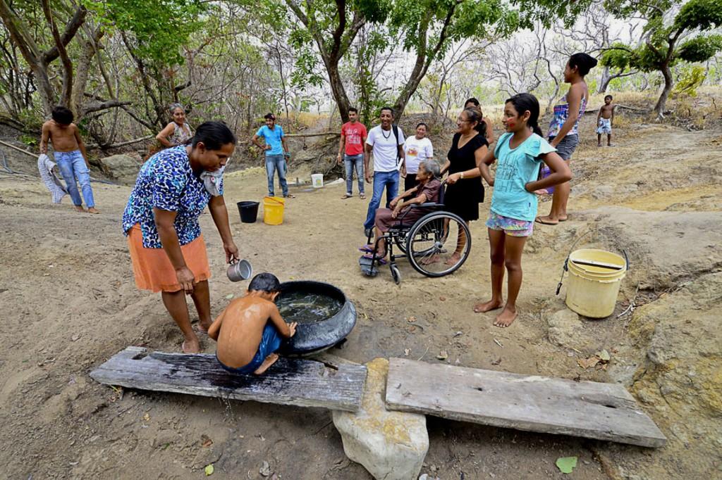 A demarcação da Comunidade do Anzol foi comemorada por Dilson Ingarikó (Foto: Jorge Macêdo/Amazônia Real).