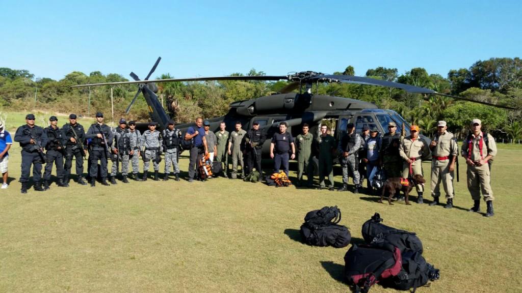 Grupo de buscas usou helicóptero e pessoal treinado. (Foto: Divulgação: Polícia Civil)