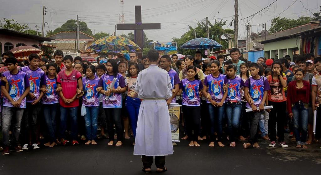 SLIDE  Parintins_religiosidade crista-catolica_Foto Mirna Monte Verde_NEPAA_UFAM