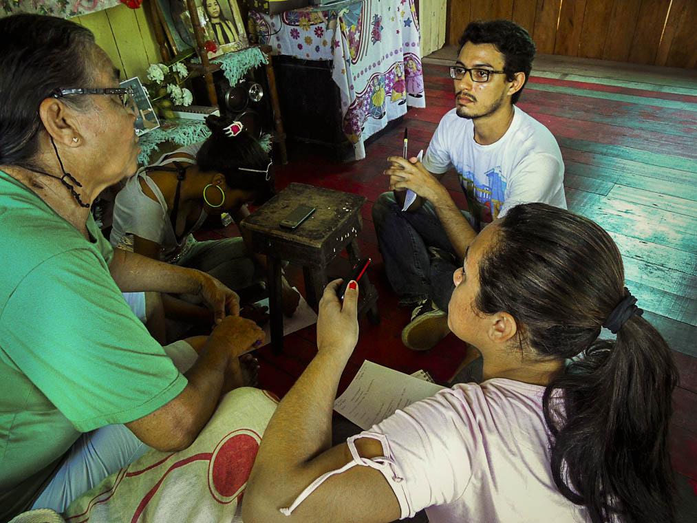 O estudante Vitor Barros (de blusa branca) - Foto: Arquivo pessoal