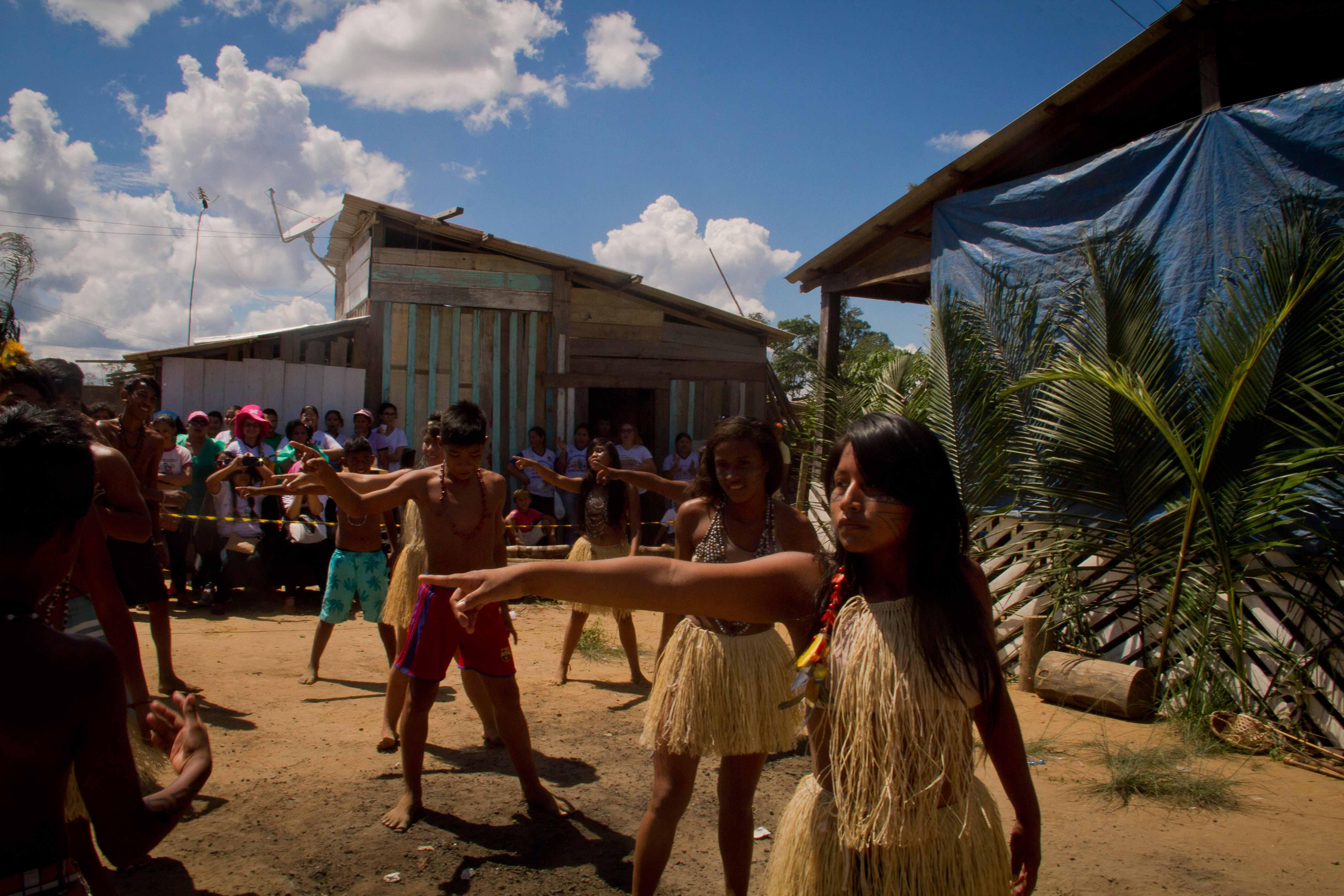 Empresário quer expulsar índios da ocupação Parque das Tribos para construir um Minha Casa, Minha Vida que não existe