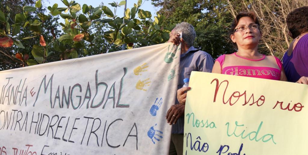 Ribeirinhos na Caravana em Defesa do Rio Tapajós (Foto: Ana Mendes/Amazônia Real)