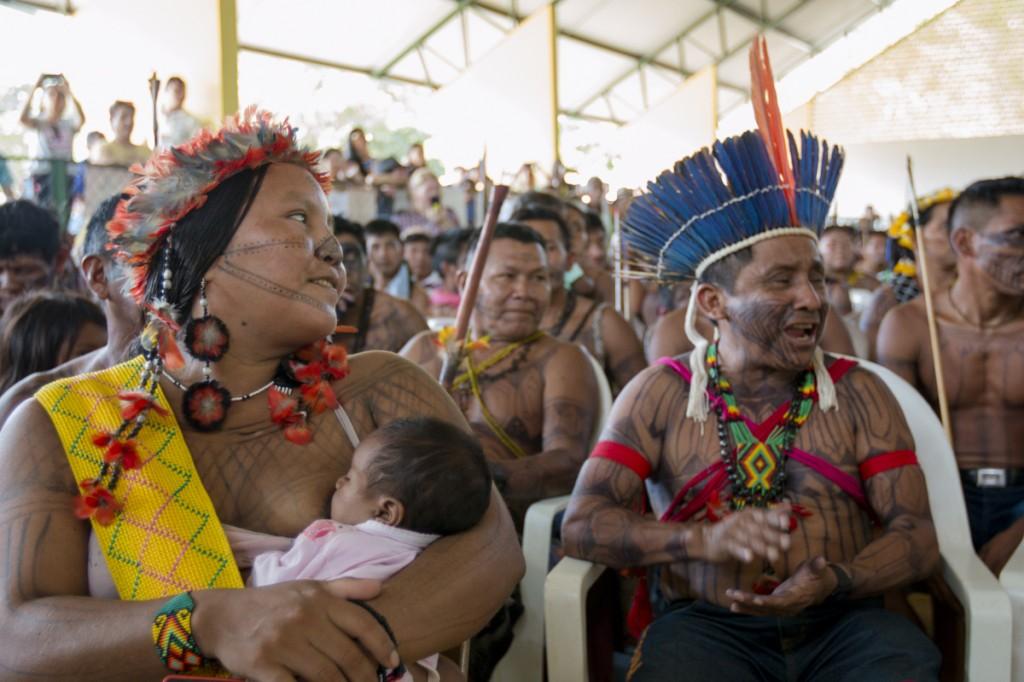 Maria Leusa e Arnaldo Kaba Munduruku (Foto: Ana Mendes/Amazônia Real)