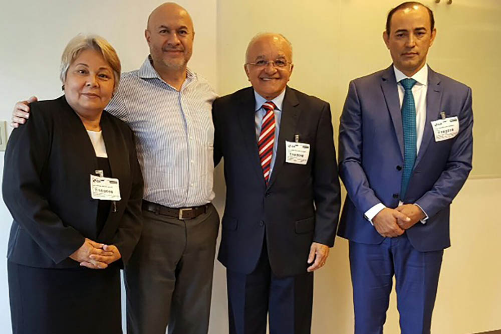 No BID: Nafice Valoz e Jose Luis Lupo, governador José Melo e o secretario da Fazenda, Afonso Lobo (Foto (Secom)