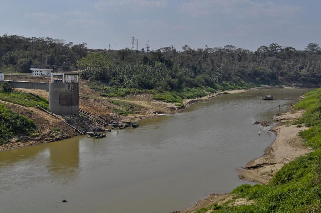 As margens do rio Acre na área de captação das estações (Foto: Odair Leal/Amazônia Real)