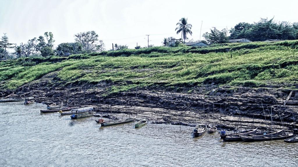 O barranco na Comunidade de São Carlos, zona rural de Porto Velho. (Foto: Marcela Bonfim/Amazônia Real)