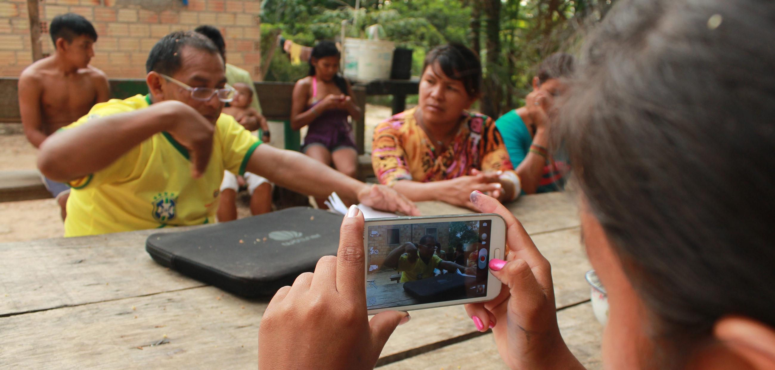 """""""Pés de Anta – As cineastas Munduruku"""" estreia no Cine Casarão, em Manaus"""