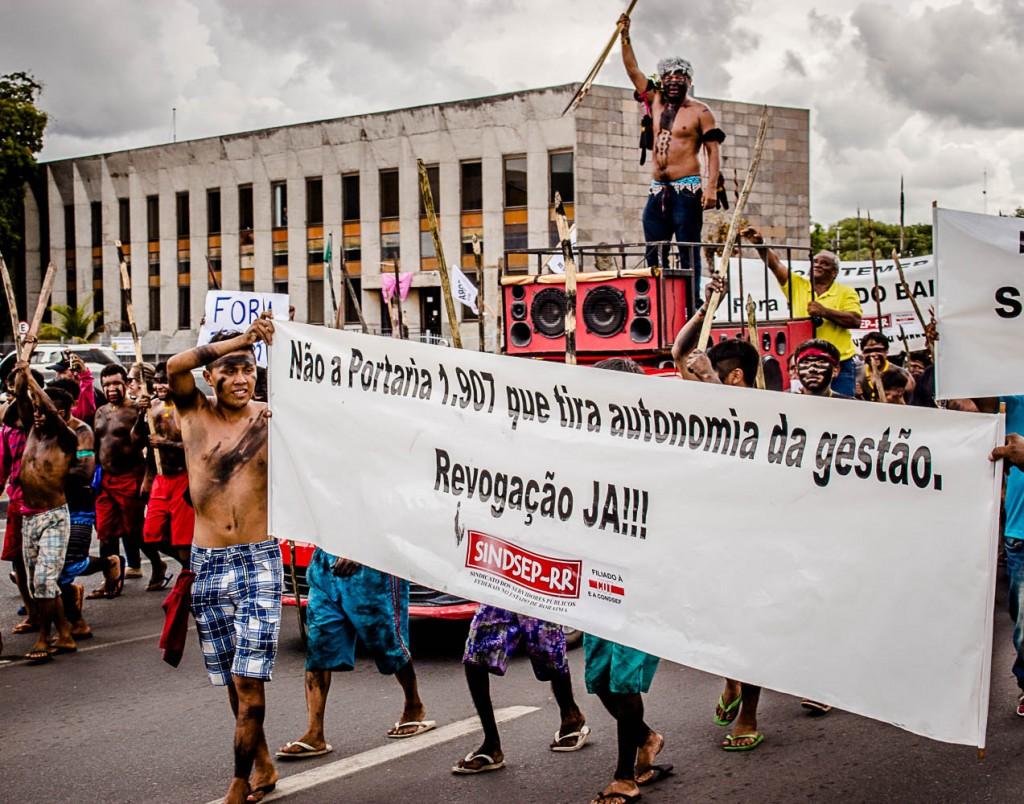 Em Boa Vista (RR), indígenas foram protestar contra o governo Temer em 2016 (Foto: Yolanda Simone Mêne)
