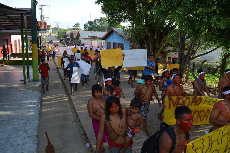 Em Atalaia do Norte, no Amazonas, índios ocupam o Dsei Vale do Javari (Foto: Shapu Matís)