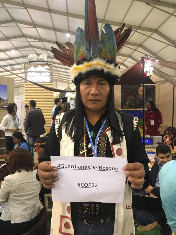 Bartolo Alejando Ushigua, líder da comunidade indígena Zápara, no Equador. (Foto: Felipe Sakamoto/CasperNaCOP22)